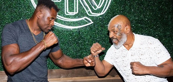 Mike Tyson vs. Jones Junior